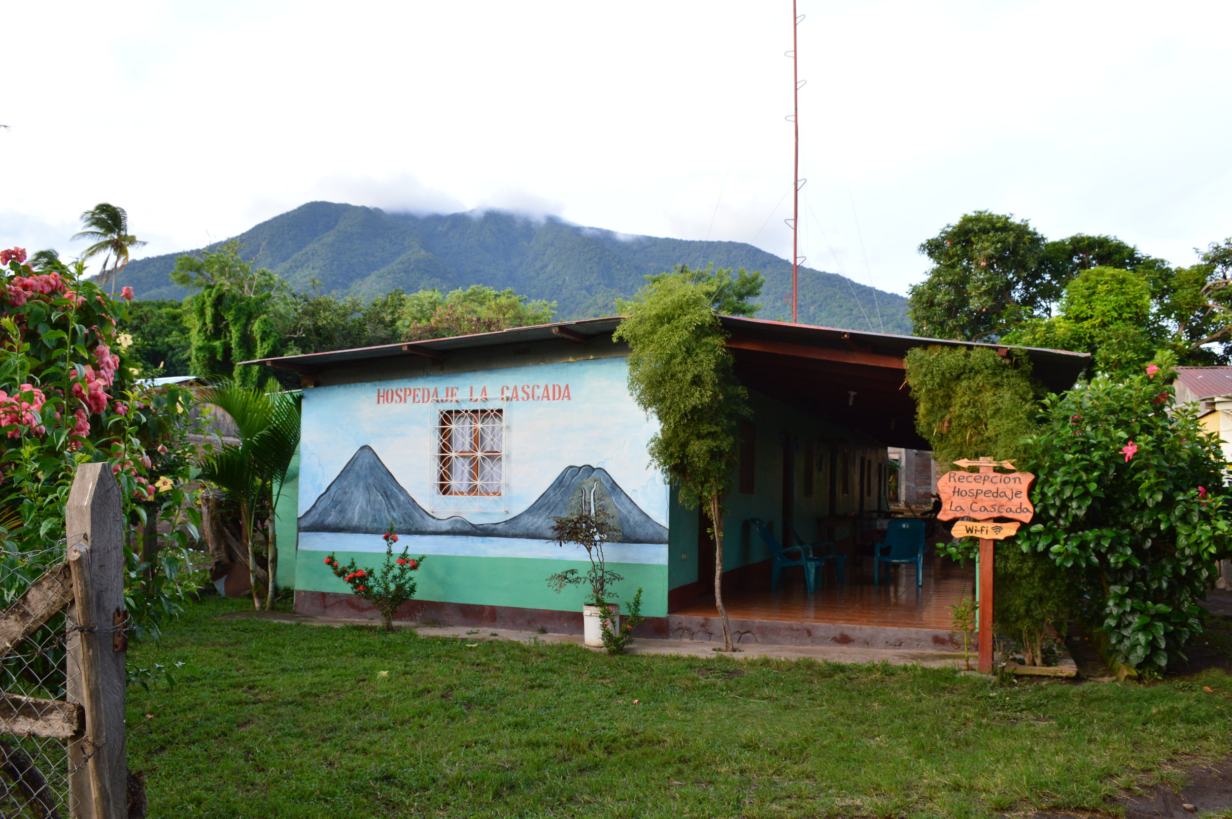 Hospedaje La Cascada (Hostel)