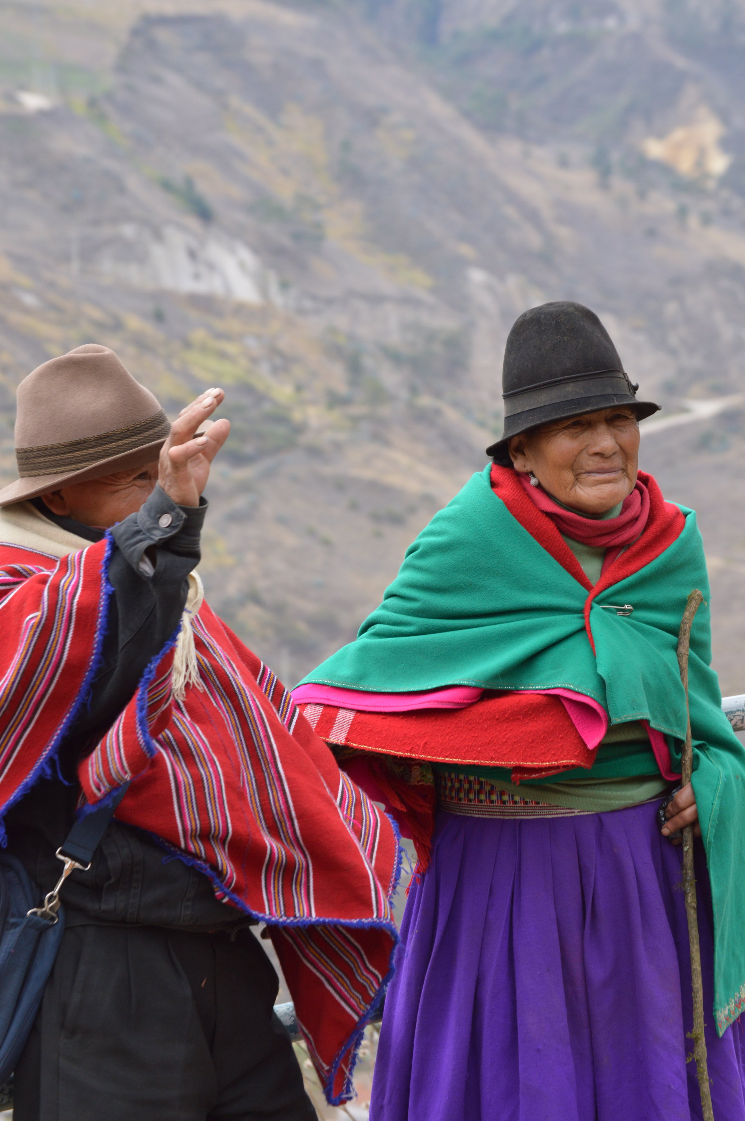 Locals wave as we return to Alausi