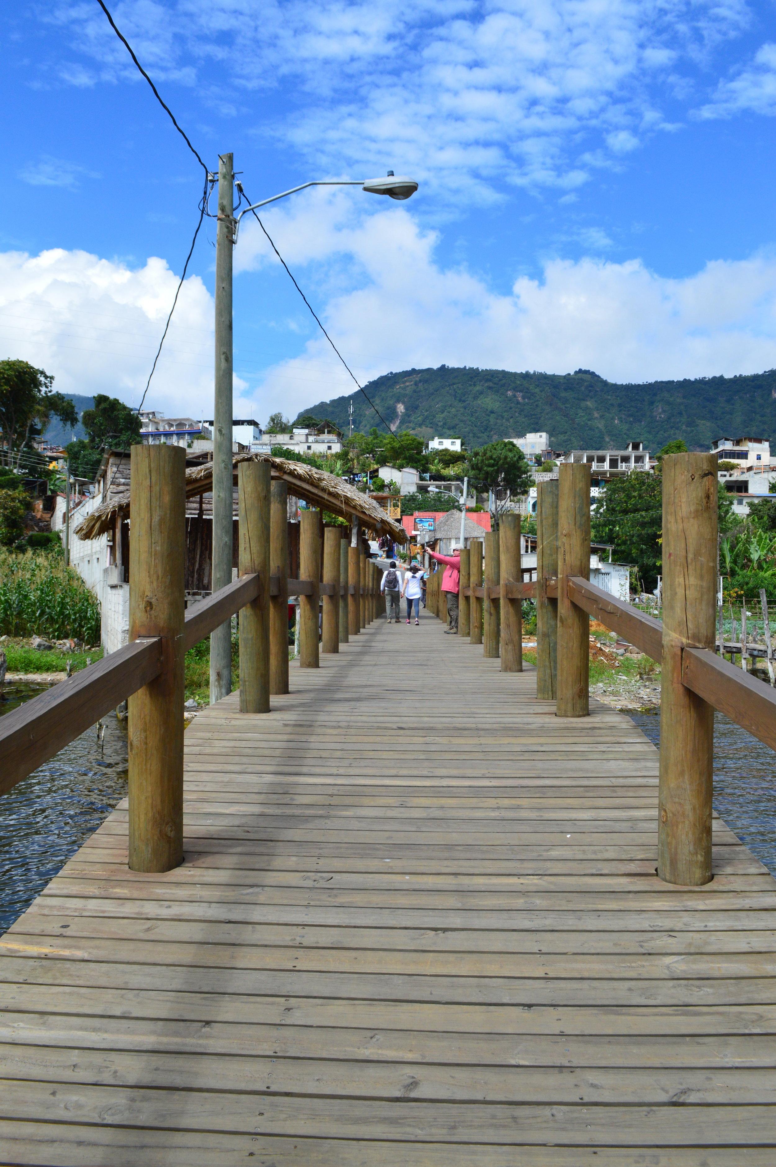 San Juan La Laguna dock