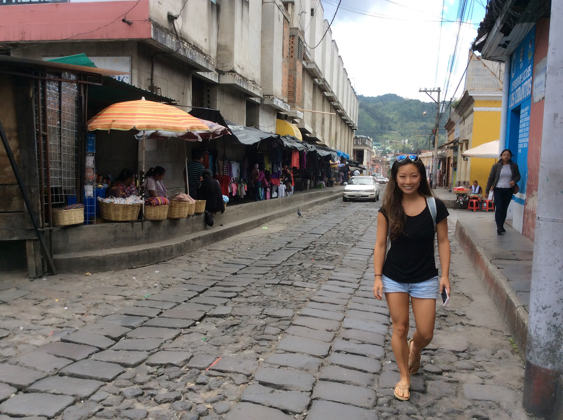 Walking to Parque Central