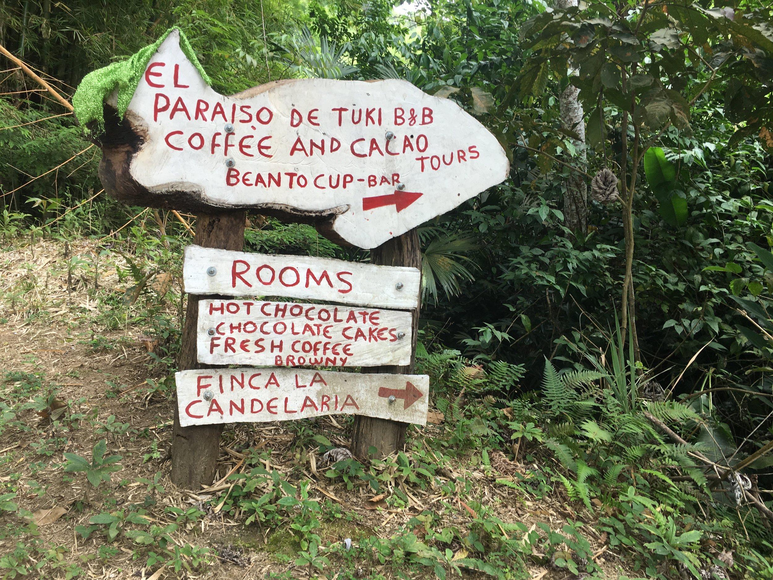 Entrance to El Paraiso de Tuki